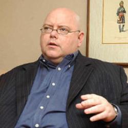 Wilkinson anima a los periódicos a tomar medidas para preservar su supervivencia