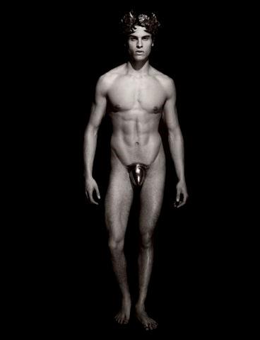 Karl Lagerfeld desnuda a personajes mitológicos en el nuevo calendario Pirelli
