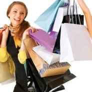 Las mujeres prefieren comprar sus regalos en las tiendas y no online