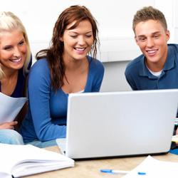 ¿Qué efecto tiene Facebook en el rendimiento de los estudiantes?