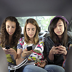 La mitad de los adolescentes no han oído hablar de servicios de geolocalización