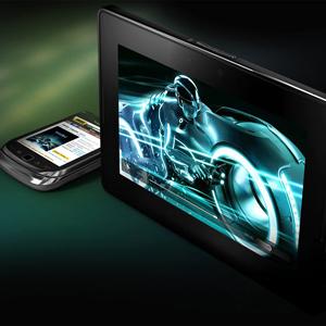 La BlackBerry Playbook arremete contra en iPad 2 en su nuevo anuncio