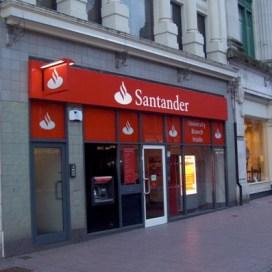 El banco Santander revisa su cuenta de medios en Reino Unido, gestionada por Carat