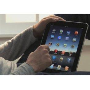 """El 67% de los usuarios de iPad lo utiliza para navegar por internet y sólo el 39% para """"chatear"""" en las redes sociales"""