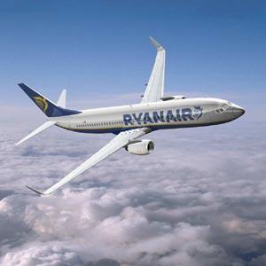 Una pasajera obligada a pagar 300 euros por sus tarjetas de embarque de Ryanair recibe el apoyo de 380.000 usuarios de Facebook