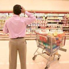El consumidor de finales de 2012 hace menos visitas a las tiendas y menos compras por impulso, según Kantar