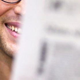 Para ser más feliz, ponga un periódico en su vida