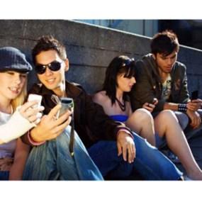 El 60% de los usuarios accede a las redes sociales a través de su móvil todos los días