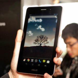 #MWC13: Asus Fonepad, ¿un smartphone, una tableta o simplemente un coloso en la oreja?