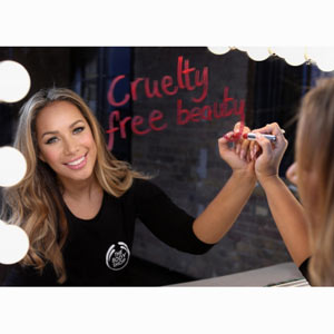 Leona Lewis y The Body Shop luchan contra la experimentación con animales