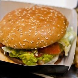 Burger King admite que sus hamburguesas tenían carne de caballo