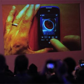 """Los primeros smartphones con sistema operativo Firefox hacen el """"paseíllo"""" en el #MWC13"""
