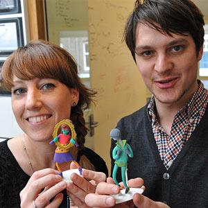Una agencia sustituye las tradicionales tarjetas de visita por originales figuras impresas en 3D