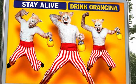 """Los 17 anuncios más extraños, sexys y """"peludos"""" de Orangina, una marca muy """"animal"""""""