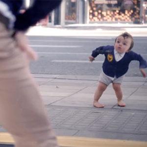 """Los bebés de Evian regresan más """"marchosos"""" que nunca a la publicidad"""
