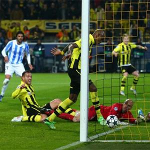 Borussia Dortmund vs. Málaga: un gol en el último minuto convierte Twitter en un mar de lágrimas