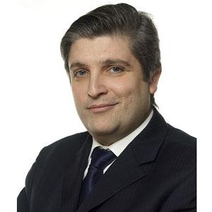"""Gerardo Mariñas (AM): """"La forma en que se están gestionando los concursos públicos no es beneficiosa para nadie"""""""