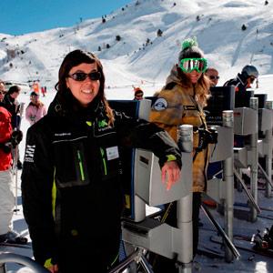 Aramón inicia el periodo de inscripción en la web de empleo para la temporada de esquí