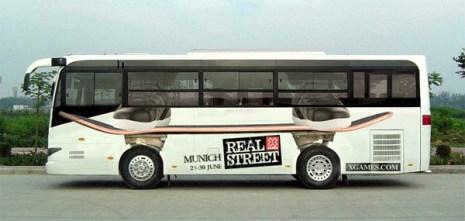 """20 campañas publicitarias en autobuses """"salvajemente"""" creativas"""