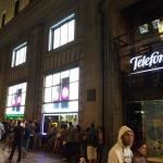 El iPhone 6 llega a España entre largas esperas y cifra récord de pedidos
