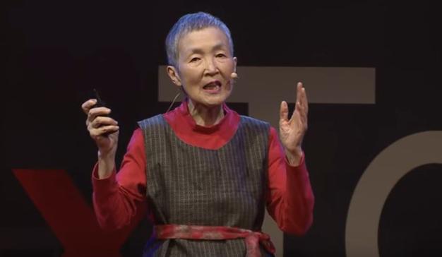 Nunca es demasiado tarde: una mujer japonesa de 81 años crea una aplicación móvil