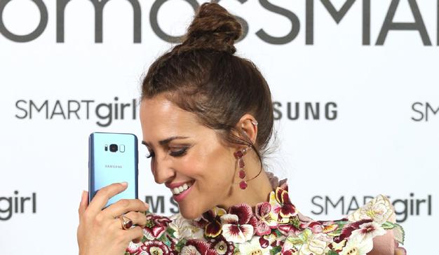 Samsung y Paula Echevarría presentan la campaña #somosSMARTgirl centrada en el universo femenino