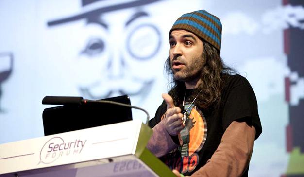 El ex hacker Chema Alonso, responsable de seguridad en Telefónica, responde al ciberataque