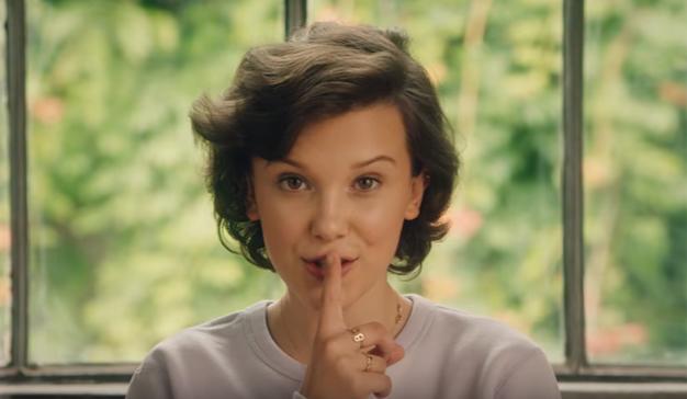 Millie Bobby Brown protagoniza la nueva campaña de Converse