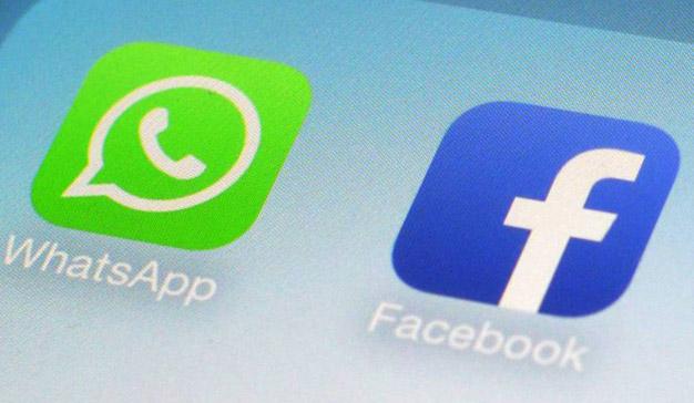 Facebook añade un acceso directo a WhatsApp y cruza datos entre ambas plataformas