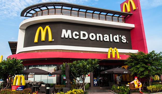 McDonald's comete un error con un tuit sobre el Black Friday y se vuelve viral