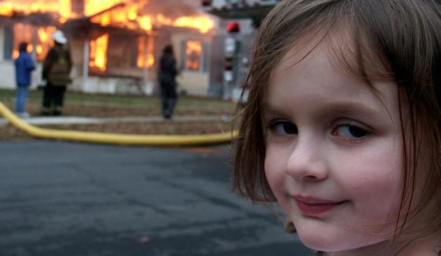 """Esta campaña quiere contarle la historia del meme """"Disaster Girl"""""""