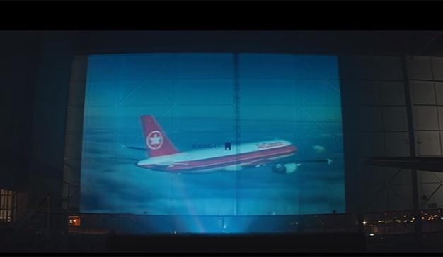 Ryan Reynolds muestra el amor por su nación en el nuevo spot de Air Canada