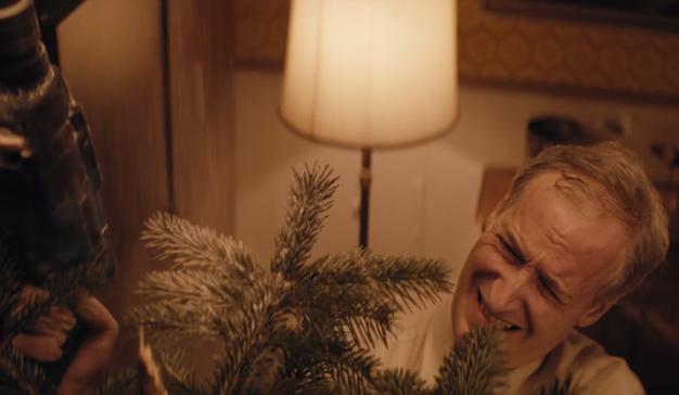 La Navidad y una serie de catastróficas desdichas protagonizan este delirante spot