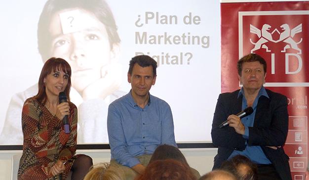 """Nacho Somalo ha presentado su libro """"Marketing digital que funciona"""""""