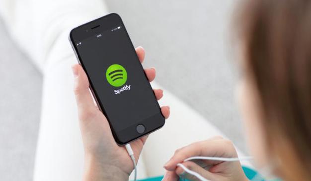 Casi dos millones de usuarios de Spotify bloquearon ilegalmente los anuncios de la app