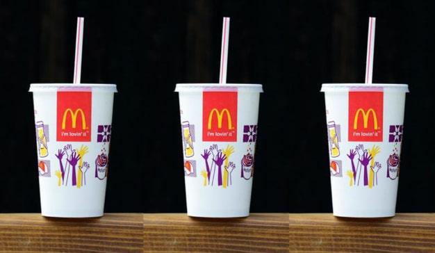 Las marcas se unen para salvar el planeta: McDonald's también dice no a las pajitas de plástico