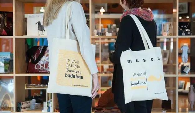 Cómo elegir las bolsas personalizadas perfectas para triunfar en ferias y eventos