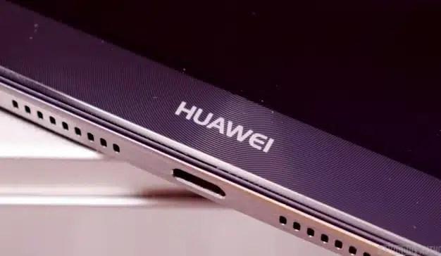 La telefonía móvil china se abre paso en el mercado español: Huawei aumenta su facturación un 19% en 2017
