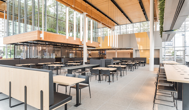 McDonald's abre un restaurante 24 horas que es un clon de una Apple Store
