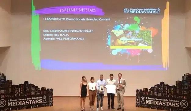 El equipo de Webperformance recibiendo el premio.
