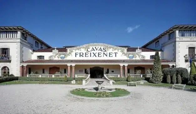 La familia Ferrer y Henkell se dividen el control de Freixenet