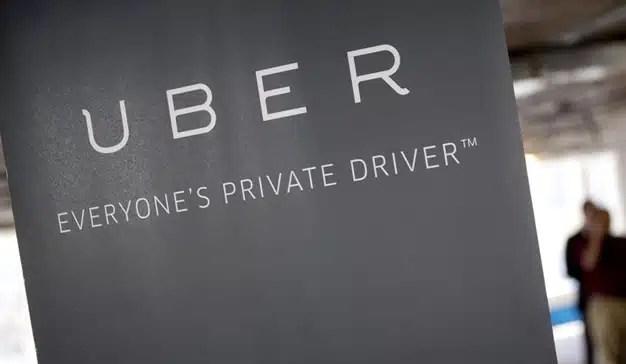 Uber implementa el pago en efectivo en su servicio en Madrid