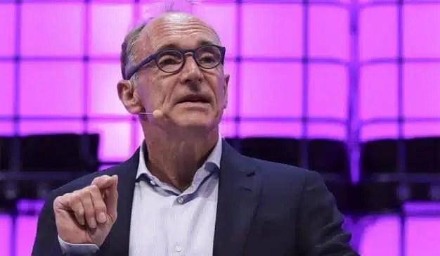 El padre de la web reclama un nuevo contrato para una red más segura y accesible