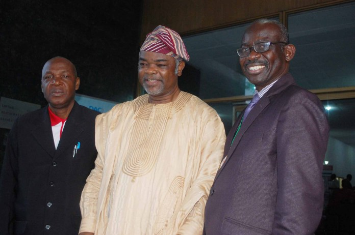 R-L: President, Nigerian Institute of Public Relations (NIPR), Dr Rotimi Oladele; former Chairman, NIPR, Lagos State Chapter, Mr Gbade Sanda and Chief-of-Staff to the NIPR President, Mr Willy Ogbidi during the event.