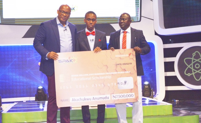 16-year-old Akachukwu Anumudu Wins InterswitchSPAK 1.0 … Emerges 'Best Science Student in Nigeria'-marketingspace.com.ng