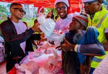 Uzoka, Wizkid Give Back To Thousands At The UBA Foundation Food Bank-marketingspace.com.ng