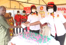 Mr Bigg's Gives Out Over 400 Sanitizers, Nose Mask, Gloves At Ile-Epo Market-marketingspace.com.ng