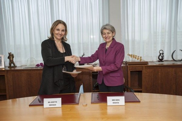 Unesco Signs Partnership With Asia Society Advance