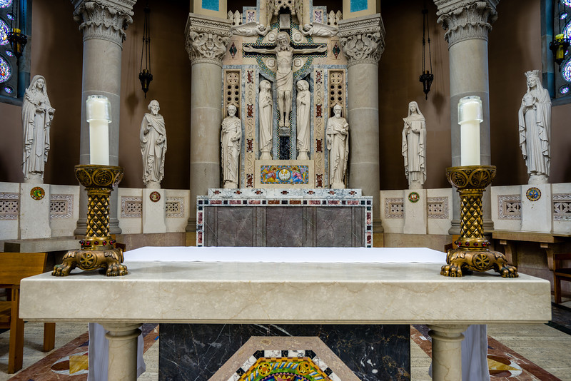 St Thomas More, Church Altar, Candles on altar, Statues and altar