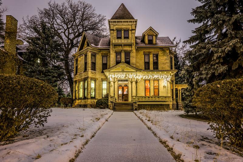 Christmas lights Summit Avenue, Holiday lights St. Paul